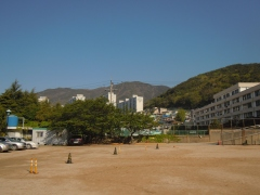 Dong Pyung Girls' Middle School